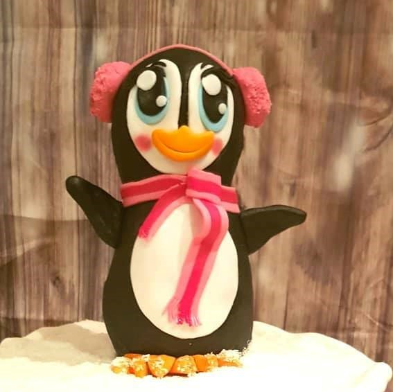 Penguin by The German Cakesmith